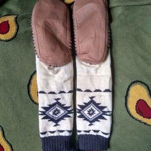 Muk Luks Other - nwot MUK LUKS Slipper Socks